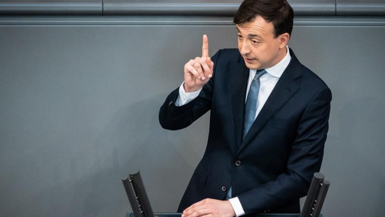 """Paul Ziemiak kritisiert SPD: """"Trotz besseren Wissens …"""""""